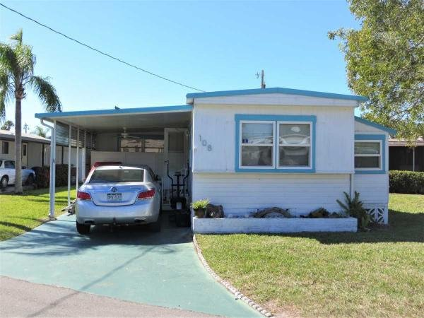 Mobile Home at 108 Sun Circle , Fort Myers, FL