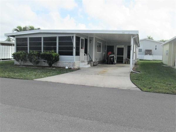 Mobile Home at 281 Valencia Drive, Fort Myers, FL