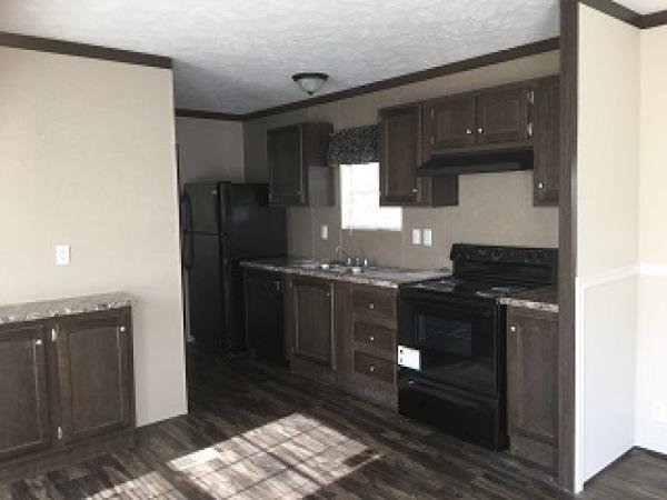 Mobile Home at 5607 Dollar Dr Lot 136, Knoxville, TN
