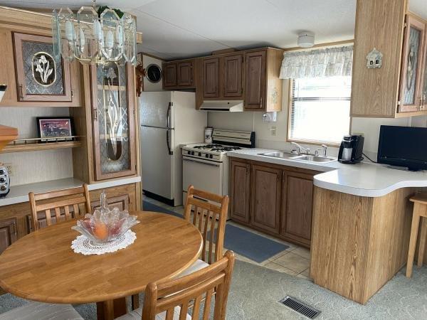 Mobile Home at 37511 Birchcrest Lane, Zephyrhills, FL