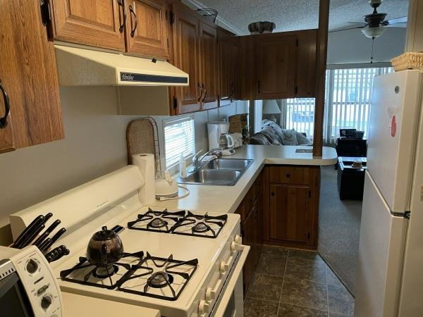 Mobile Home at 37633 Daybright Lane, Zephyrhills, FL