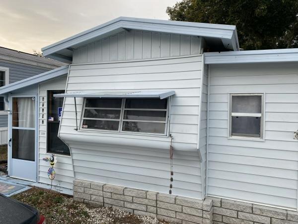 Mobile Home at 37536 Birchcrest Lane, Zephyrhills, FL