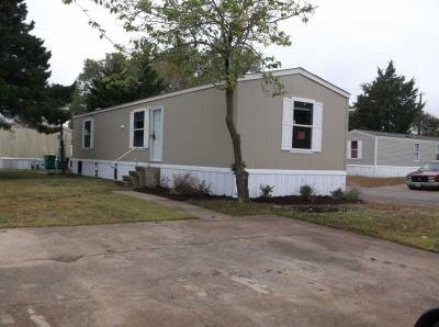 Mobile Home at 514 Smokey Glenn Heights, TX 75154