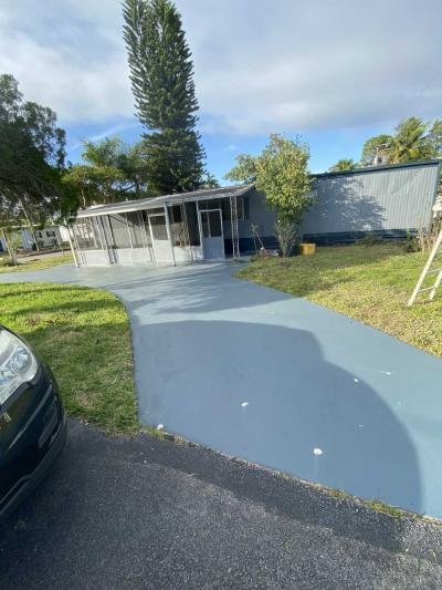 Mobile Home at 74 Bridgette Blvd Lake Worth, FL 33463