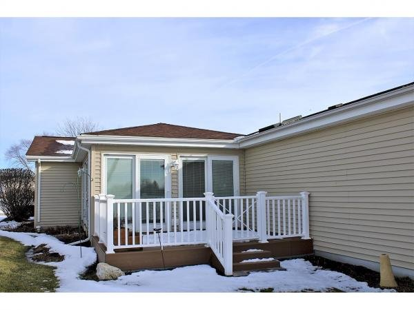 Mobile Home at 1706 Westphalian Court, Grayslake, IL