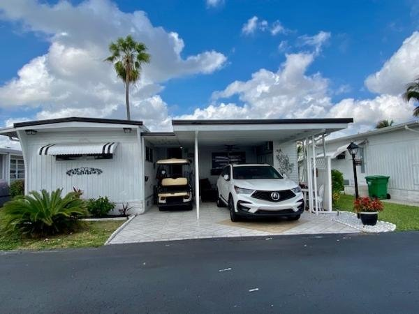 Mobile Home at 3309 State Street, Hollywood, FL