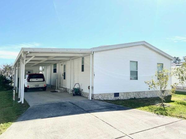 Mobile Home at 810 NEW HAMPSHIRE AVE, Wildwood, FL