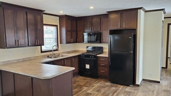Mobile Home at 5702 Angola Rd. #6, Toledo, OH