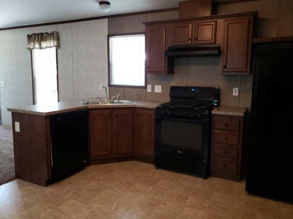 Mobile Home at 851 Courtland Lane, Muskegon, MI