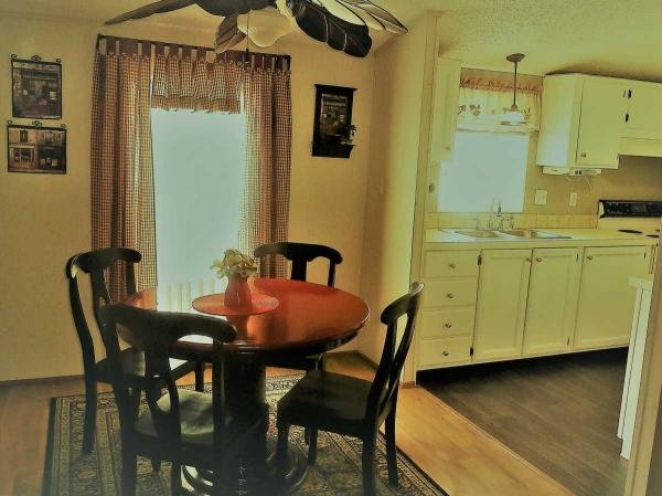 1993  Mobile Home For Sale