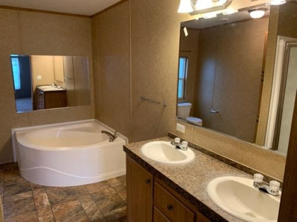 2009 38PNH28564BH09 Mobile Home For Sale