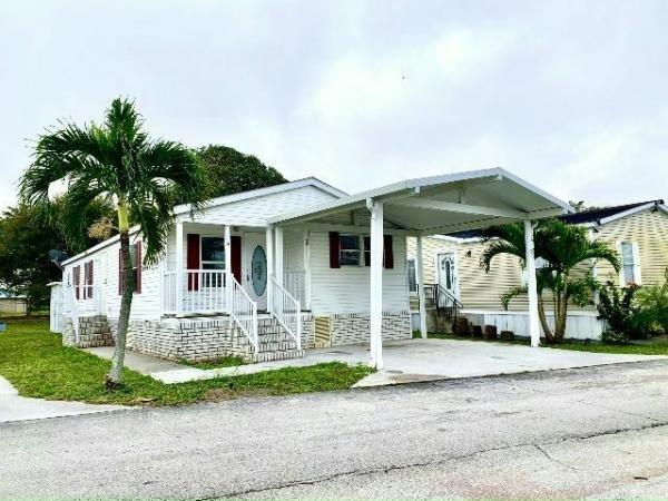 Mobile Home at 55 South Four Seasons, Palm Beach Gardens, FL