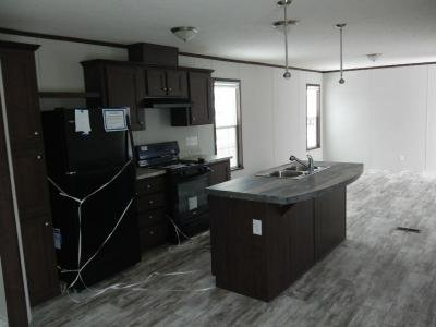 Mobile Home at 1092 White Oak East Jackson, MI 49201