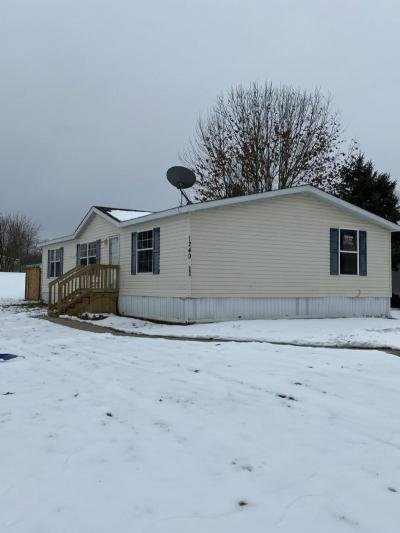 Mobile Home at 1249 Oakbrook West Jackson, MI 49201