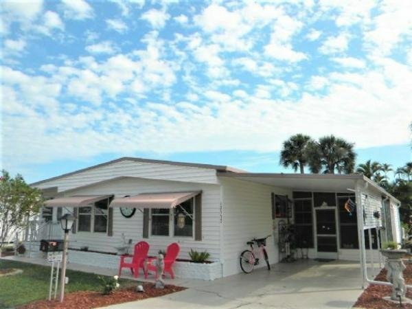 Mobile Home at 12537 Jasmine Drive, Fort Myers, FL