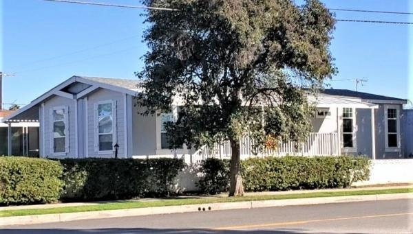Mobile Home at 21001 Plummer Street, Chatsworth, CA