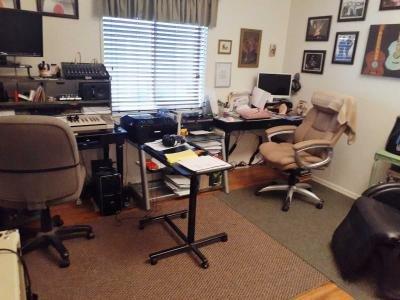 3rd bdrm den/office/music rm