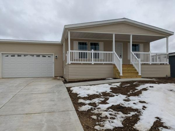 Mobile Home at 7801 88th Ave Lot 325, Pleasant Prairie, WI