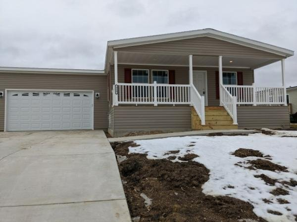 Mobile Home at 7801 88th Ave Lot 319, Pleasant Prairie, WI