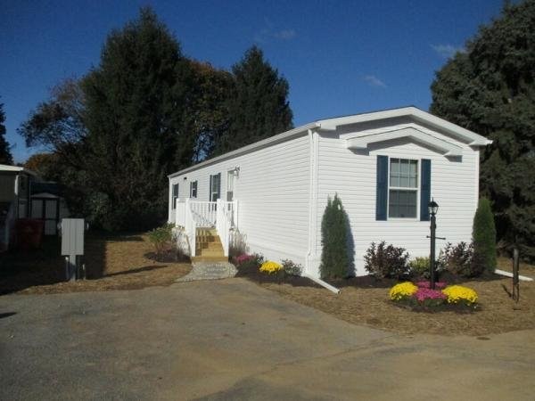 Mobile Home at 8766 Breinig Run Cir, Breinigsville, PA