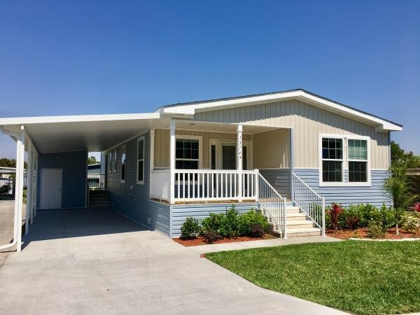 Mobile Home at 112 Crossways Drive, Leesburg, FL