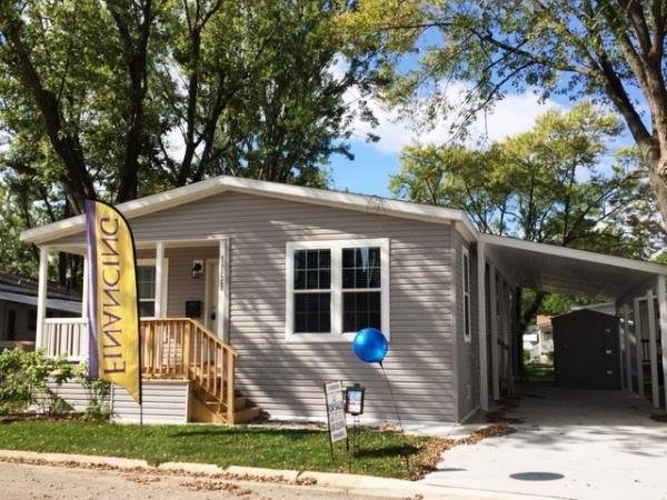 Mobile Home at 1050 Lakeview Road, Elgin, IL