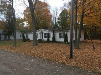 Mobile Home at 1095 Bayside Trail Port Austin, MI 48467