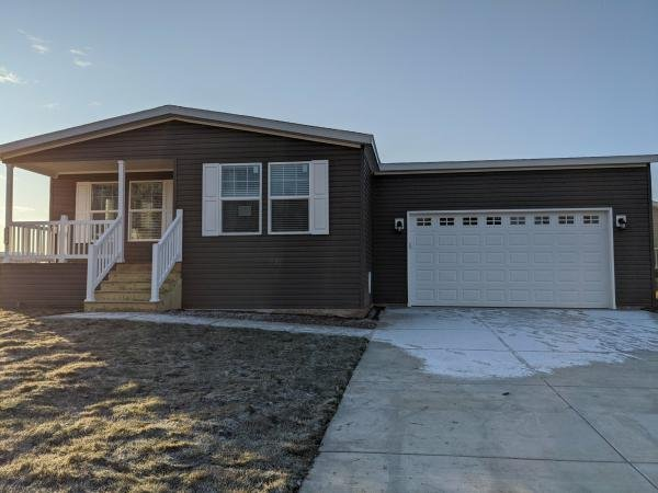 Mobile Home at 7801 88th Ave Lot 323, Pleasant Prairie, WI
