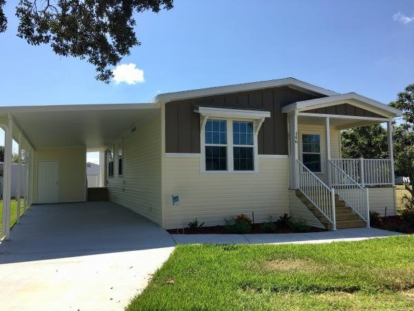 Mobile Home at 146 Highland Drive, Leesburg, FL
