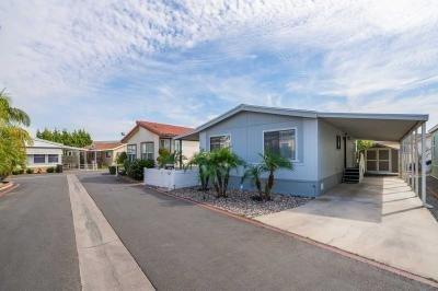 Mobile Home at 2 Palm Via Anaheim, CA 92801