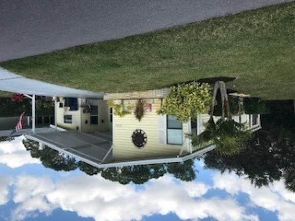 Mobile Home at 6373 Wakefield Lane , Sarasota, FL