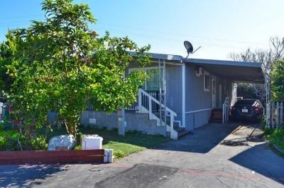 Mobile Home at 115 Crown Ln Santa Ana, CA