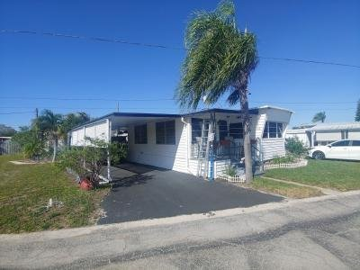 Mobile Home at 4000 24Th St N Lot 458 Saint Petersburg, FL 33714