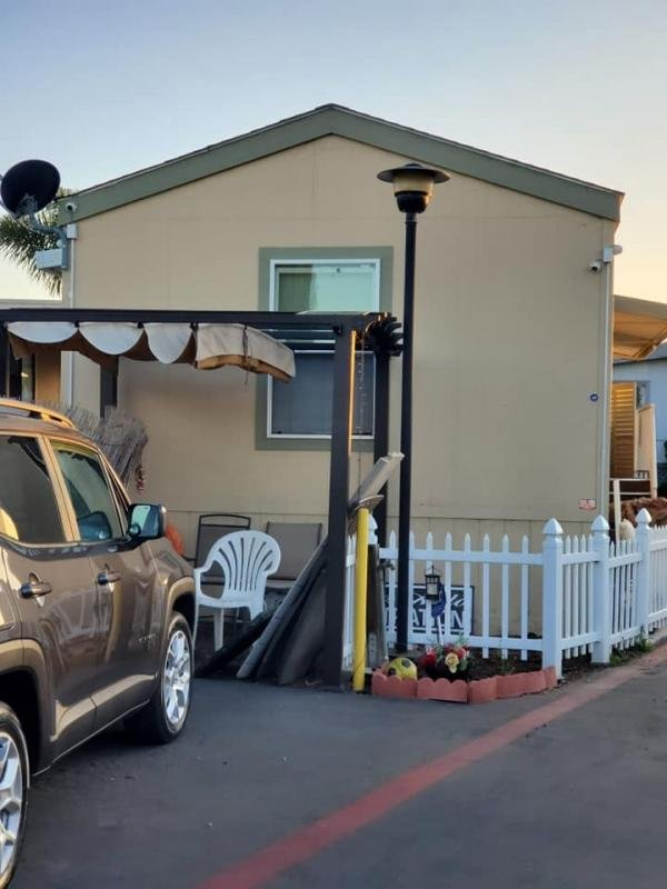 2013 Champion Mobile Home For Rent