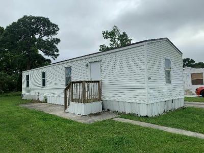 Mobile Home at 5000 SE Federal Highway #176 Stuart, FL
