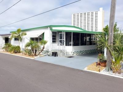 Mobile Home at 1375 Pasadena Avenue, Lot 227 South Pasadena, FL 33707