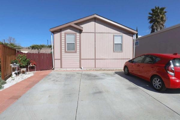 2011 Cavco Industries INC Mobile Home For Sale