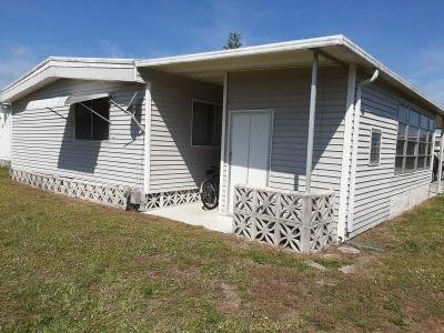 Mobile Home at 909 Calamondin Ct. North Fort Myers, FL 33917