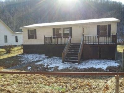 Mobile Home at 8824 CABIN CREEK RD Eskdale, WV
