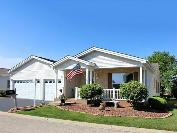 Mobile Home at 3452 Steeplechase Way, Grayslake, IL