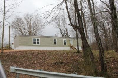 Mobile Home at 3657 Buffalo Rd Summertown, TN 38483
