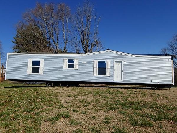 Mobile Home at 807 Eastwood Circle Lot 27, Morristown, TN