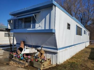 Mobile Home at 729-17th Ave., #33 Longmont, CO