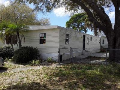 Mobile Home at 9618 Club house line Tampa, FL 33615