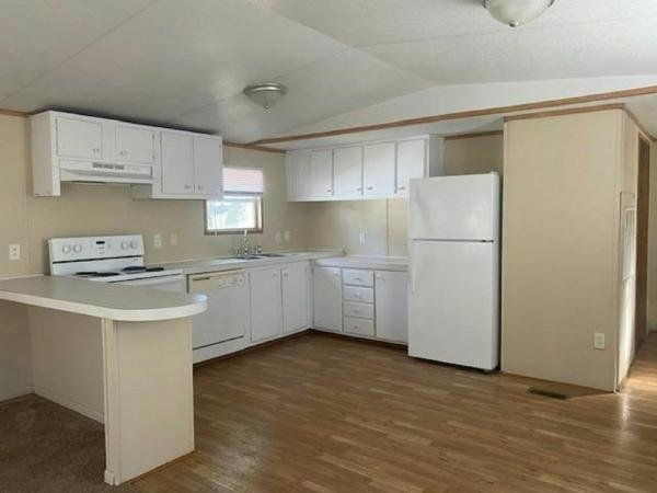 1998 Clayton Homes Inc Mobile Home For Sale