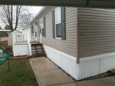 Mobile Home at 7781 S. Pin Oak Drive Pendleton, IN 46064