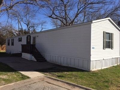 Mobile Home at 5429 Wilbarger Street #18 Fort Worth, TX