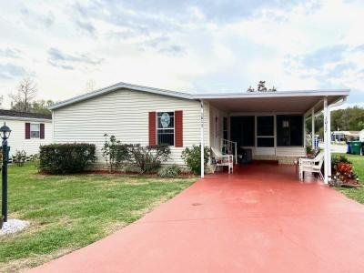 Mobile Home at 1017 Palm Ave Wildwood, FL 34785