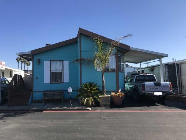 2005  Mobile Home For Sale