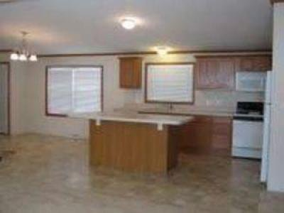 Mobile Home at 5001 South Ave Lot 20 Toledo, OH 43615